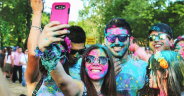2019 Social Media for Nonprofits - Color Run Image